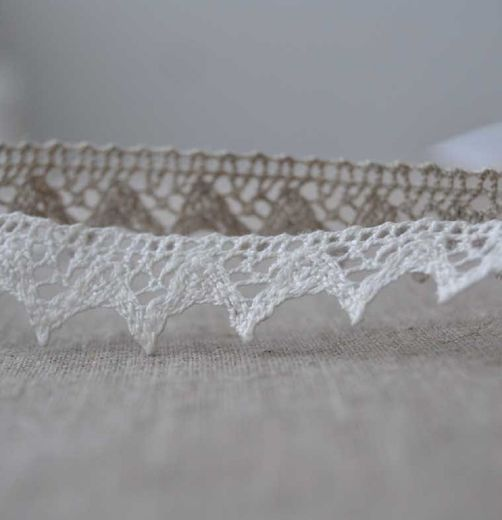 100% Linen Lace Trim PEP829