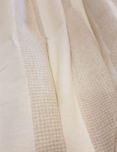 Copy of 100% Linen Waffle Fabric.